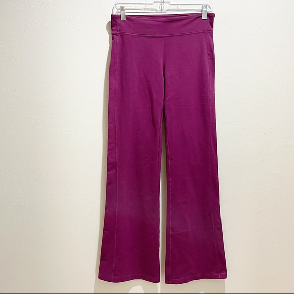 ATHLETA KICKBOOTY Magenta Bootcut Pants Leggings
